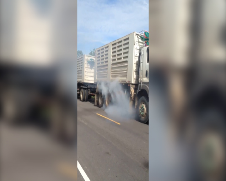 lorry wheel spin