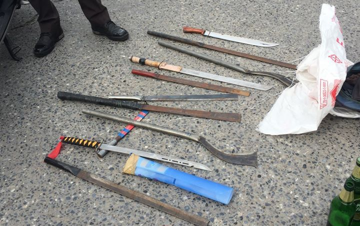 The haul of weapons the kids had stashed in their belts