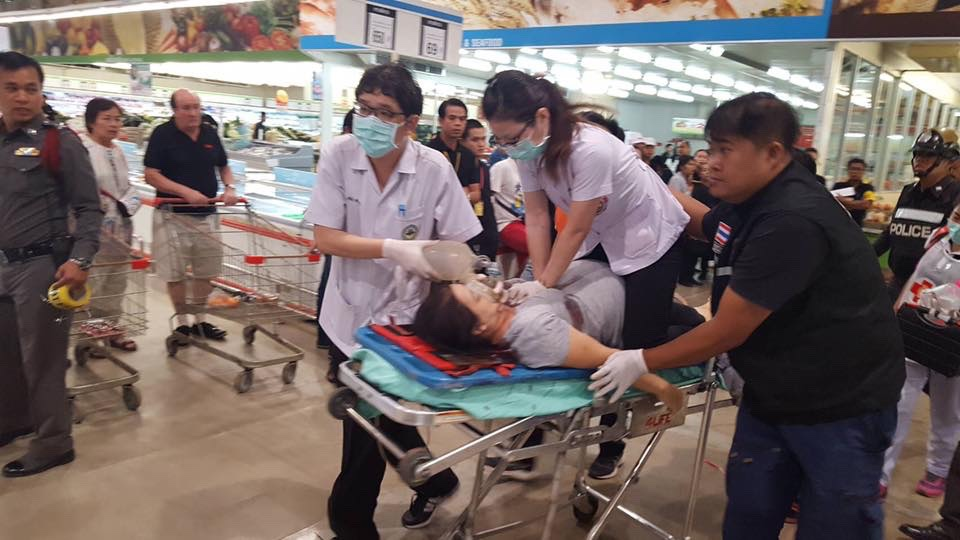 Sirinporn Chumboonchu, 40, is rushed to hospital after being shot in Makro in Udon Thani