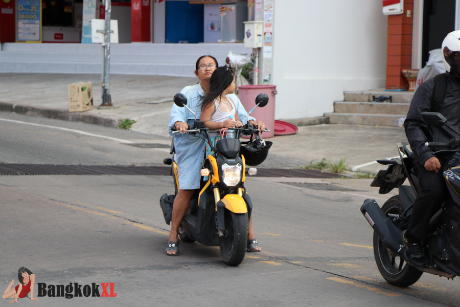 Another bit of motorcycle madness, but after all, this is Thailand