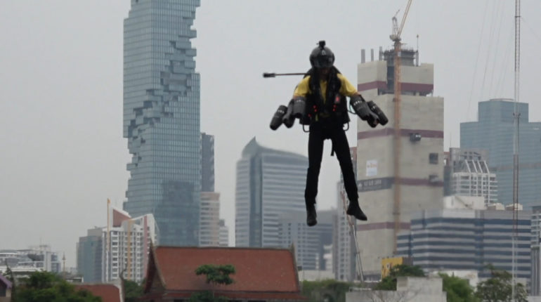 British 'Iron Man' flies jet suit in gridlocked Bangkok claiming